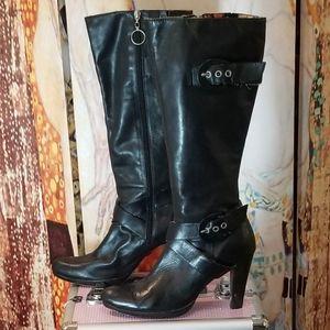 NaNa Women's Leather Boots. Size 10